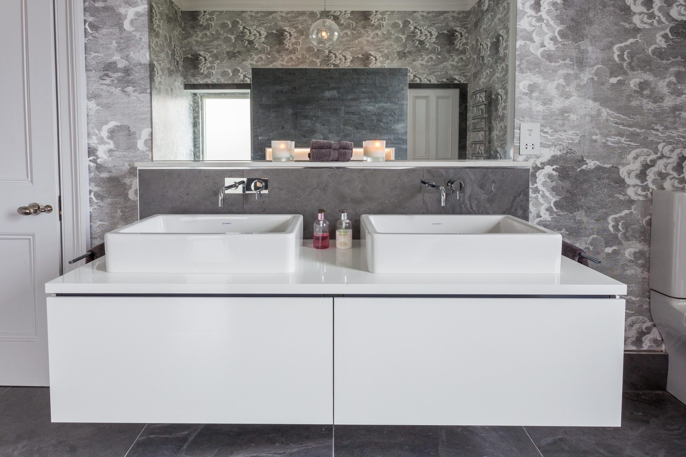 Mirror and sinks